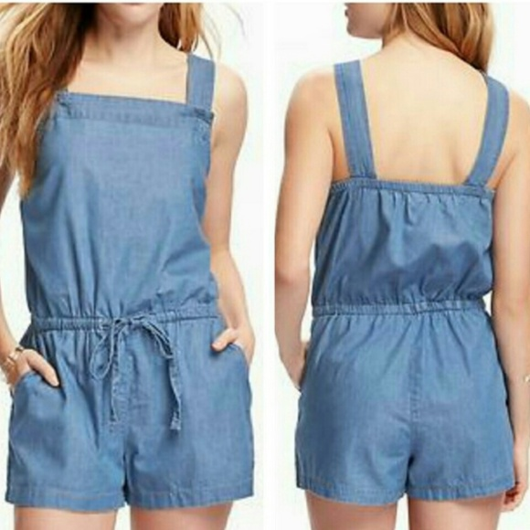 908a81747a4 Old Navy Chambray Sleeveless Romper Size M